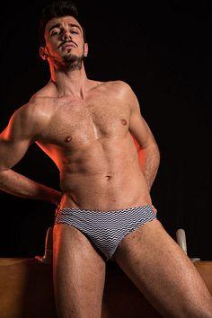 Luca Scarpa male fitness model