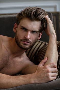 Mario Skaric male fitness model