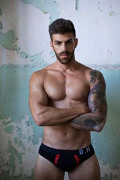 Marios Serghiou male fitness model