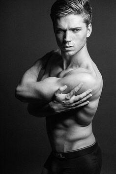Martin Böldl male fitness model