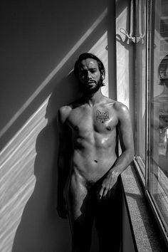 Mateus Quelhas male fitness model