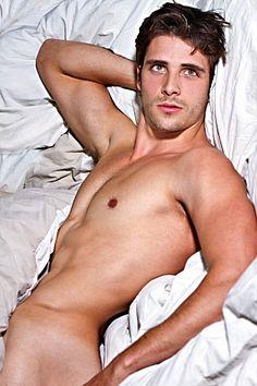 Matheus Rodrigues male fitness model