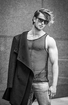 Mathieu Elfferich male fitness model