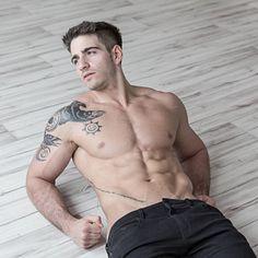 Matías Vidal male fitness model