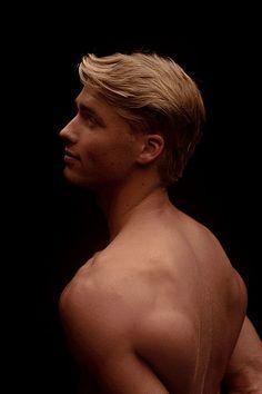 Micah Plath male fitness model
