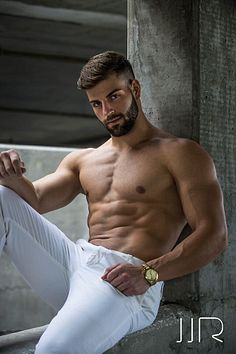 Mikey Ajazi male fitness model