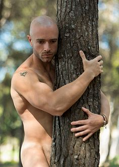 Miquel Muñoz male fitness model