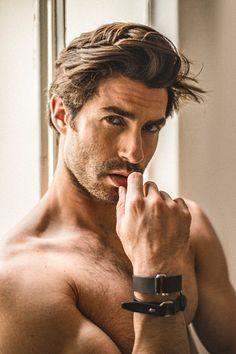 Onofre Contreras male fitness model