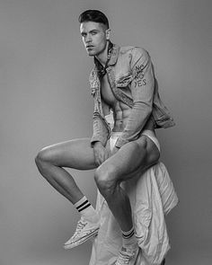 Patrick Downey male fitness model