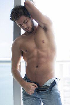 Phillip Davis male fitness model