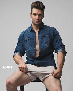 Pietro Costello male fitness model