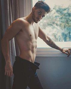 Renato Campos male fitness model