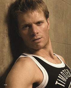 Richard Mitchell male fitness model