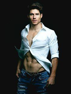 Riley Jack Sullivan male fitness model
