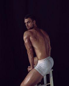 Roman Gora male fitness model