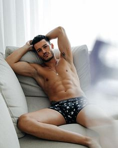 Ruben Rua male fitness model