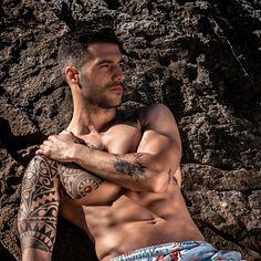 Saúl Salmón male fitness model