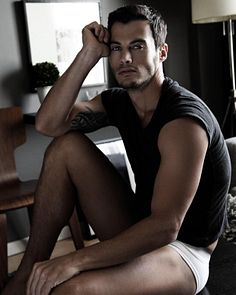 Sergio Bochert male fitness model