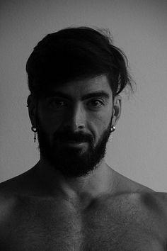 Simeão Moraes male fitness model