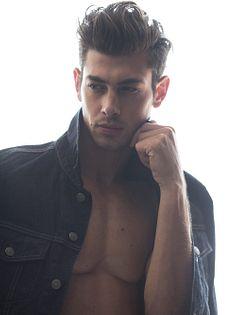 Stephen Brenna male fitness model
