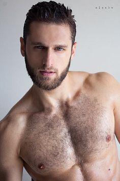 Teodor Nonov male fitness model