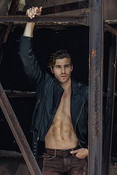 Trey Baxter male fitness model
