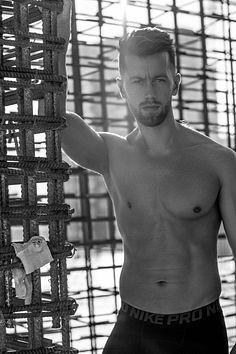 Vladimir Nenadovic male fitness model